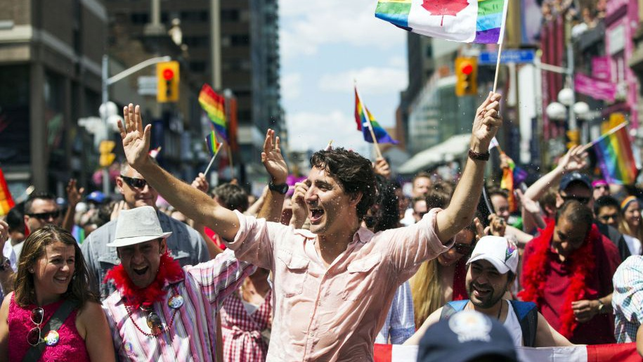 Phot de Justin Trudeau à la Gay Pride de Toronto 2016